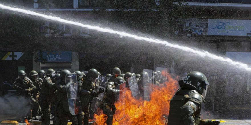 Meksika'da karteller polisle çatıştı: 14 ölü