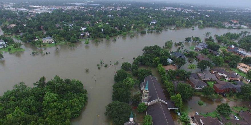 Meksika'da sel felaketi: 9 ölü