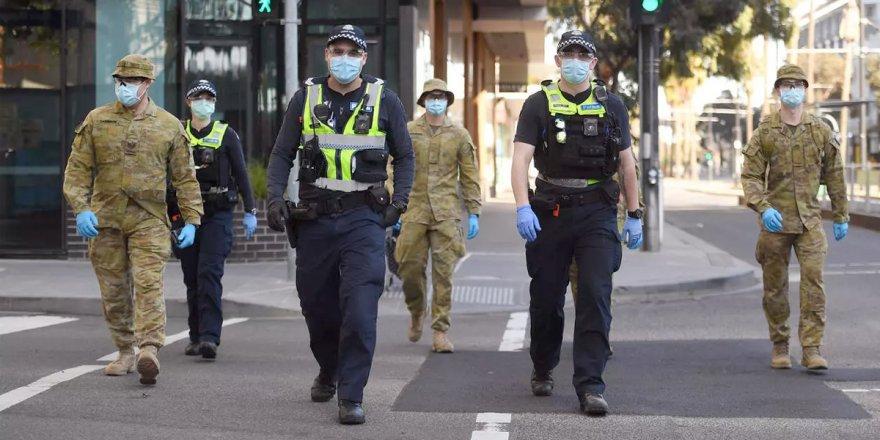 Melbourne'de sokağa çıkma yasağı sonlandırıldı