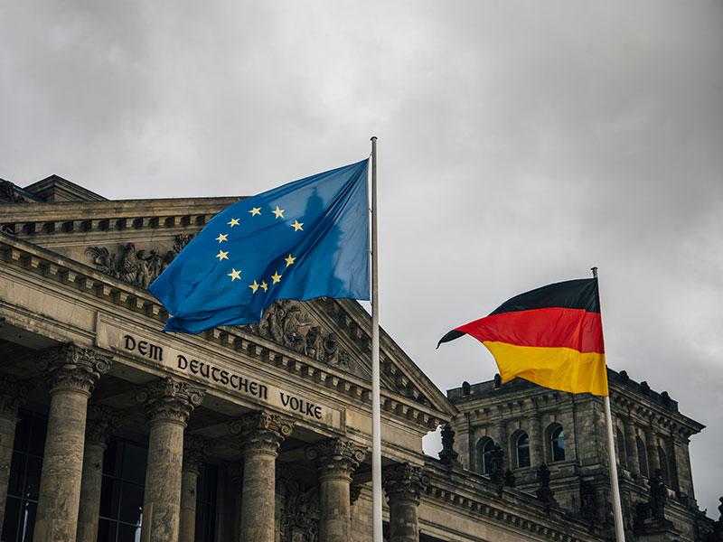 Merkel: 2.Dünya Savaşı'ndan bu yana en ciddi krizle karşı karşıyayız
