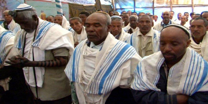 Netanyahu 2 bin Etiyopyalı Yahudi'yi İsrail'e getirmeyi planlıyor