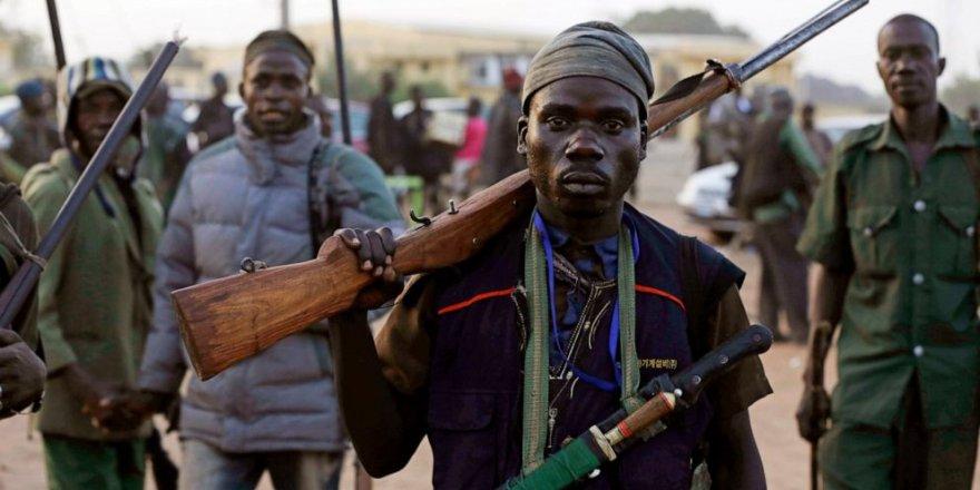 Nijerya'da kabileler arası çatışma sürüyor: 14 ölü, 6 kişi kaçırıldı
