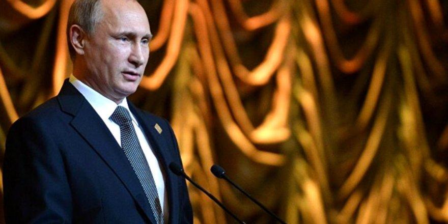 Putin: Türkiye de masada olmalı