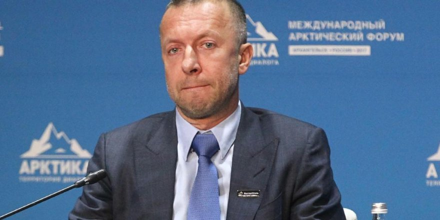 Rus milyarder intihar etti