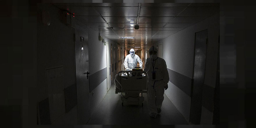 Rusya'da bir günde 9 bine yakın yeni vaka tespit edildi