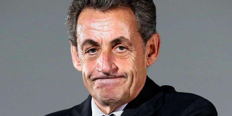Sarkozy hakim karşısına çıktı