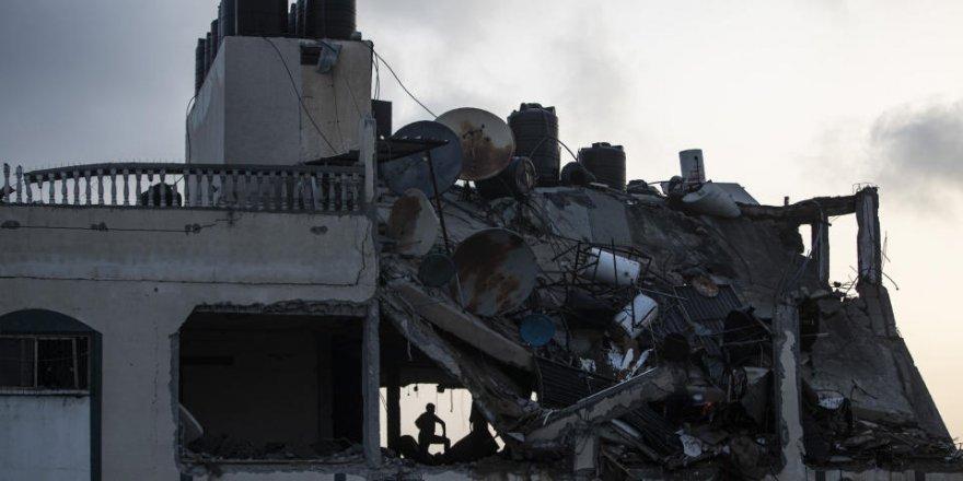 Siyonist İsrail, Gazze'de 10 bin evi susuz bıraktı