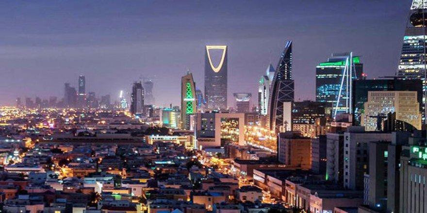Suudi Arabistan 'kefillik sistemi'ni kaldırıyor