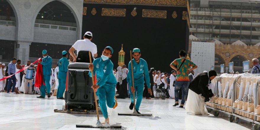 Suudi Arabistan'da koronavirüsle mücadele çerçevesinde kısmi sokağa çıkma yasağı ilan edildi