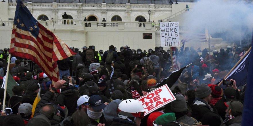 Trump,ABD Kongre Binası isyanını 'kışkırtmakla' suçlandı!