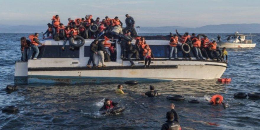 Tunus açıklarında tekne battı: 1'i çocuk 41  göçmen hayatını kaybetti!