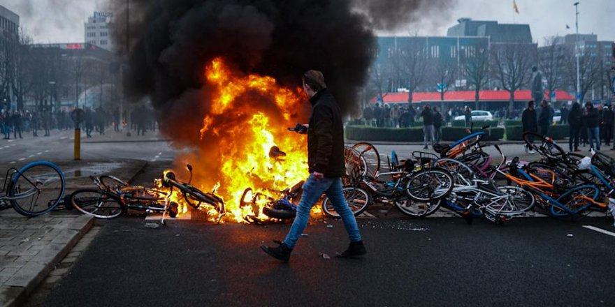 Tunus'ta protestolar devam ediyor