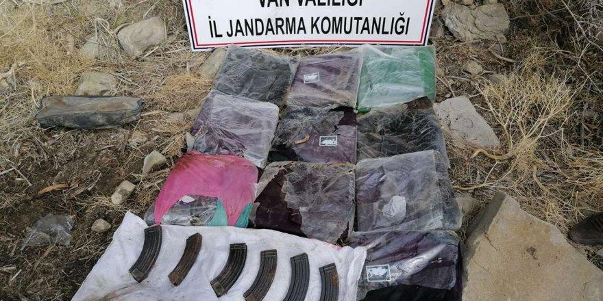 Van'da PKK'ye ait silah ve uyuşturucu ele geçirildi