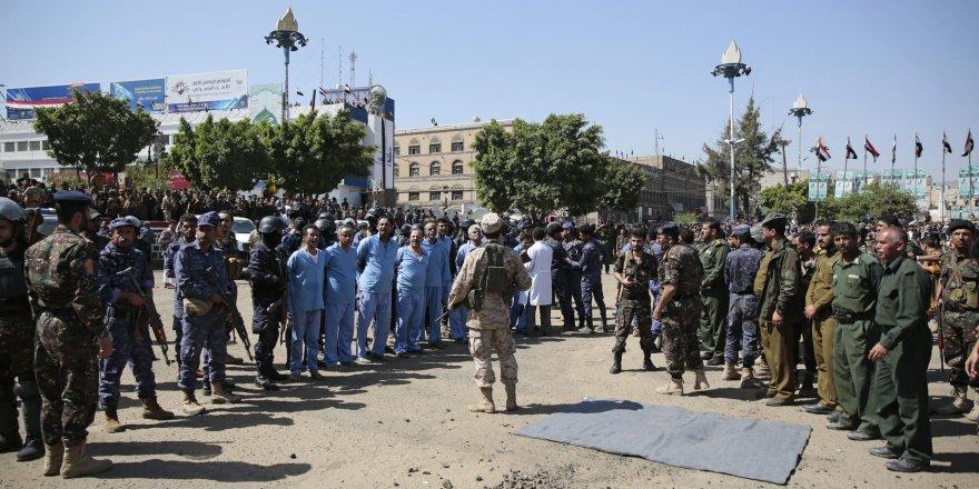 Yemen'de İran yanlısı Husiler 9 kişiyi idam etti