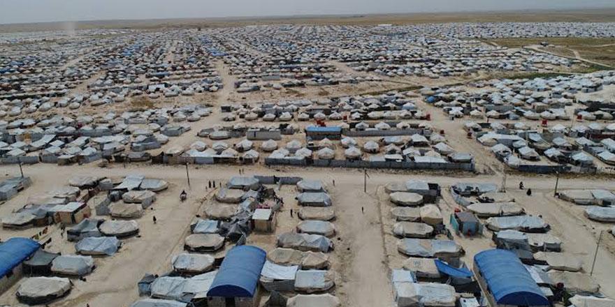 YPG, el Hol kampından 200 kadın ve çocuğu bıraktı