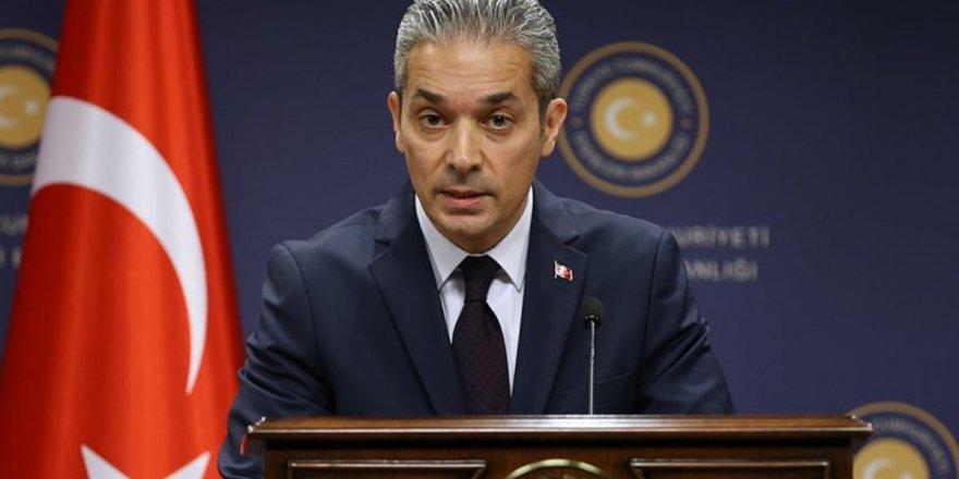 Yunan bakanın uçağı bekletildi iddiası