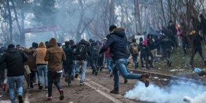 Yunan polisi sınırdaki mültecilere müdahale etti