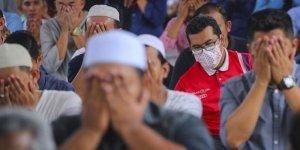 Malezya hükümeti kadınlara yaptığı uyarı için özür diledi