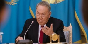 Kazakistan'ın eski Cumhurbaşkanı Nazarbayev'in koronavirüs testi pozitif çıktı