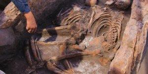 Fransa'nın Korsika bölgesinde binlerce yıl öncesine ait mezarlık bulundu!