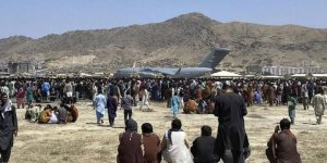 Kabil Havalimanı'ndaki izdihamda 7 Afgan hayatını kaybetti