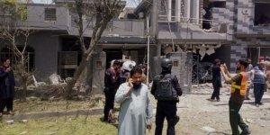 Pakistan'daki patlamada 3 kişi hayatını kaybederken, 20 kişi yaralandı
