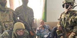 Gine'de bir grup asker darbe yaptı!