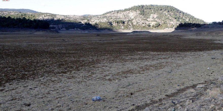 canakkalede-baraj-bosaldi-su-kullanimiyla-ilgili-yasaklar-geldi-u4wb1lsr-001.jpg