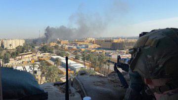 irak-bagdat-abd-askerleri-sii-elcilik-deniz-piyadeleri-us.jpg