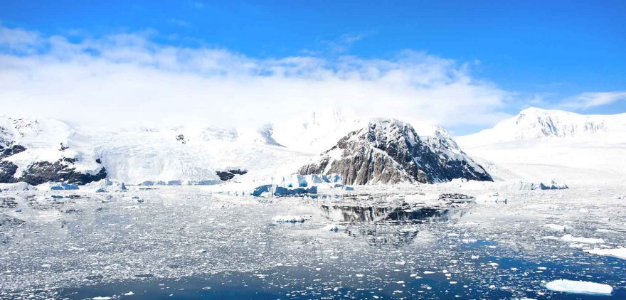 lemaire-channel-strait-things-to-do-in-antarctica-ice-iceberg-glacier-photography-scenic.jpg