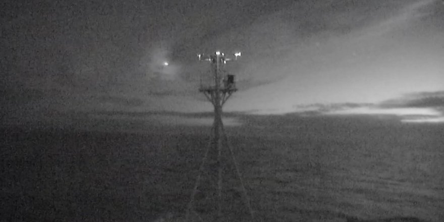 Avusturalya'da meteorun düşme anı kameralara yansıdı